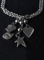 Pulseira Infantil de Aço Inox com Pingentes (Patinho, Estrela e Coração)