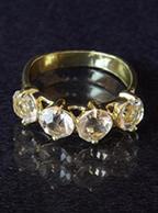 Anel de Banhado a Ouro 18K com 4 Pedras de Zirconia